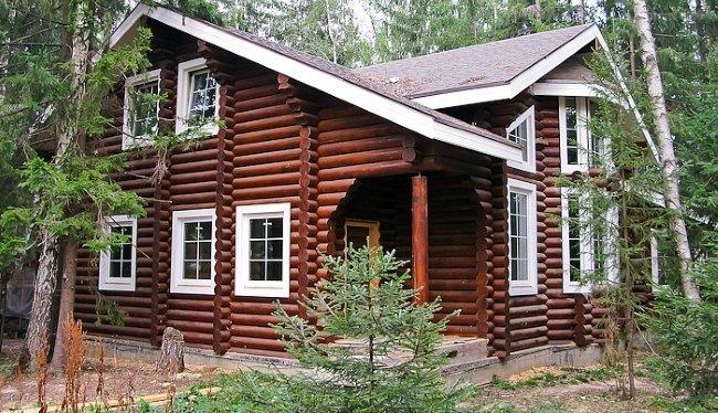 Комнаты с большими окнами в доме