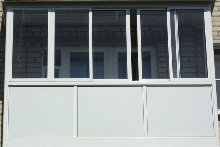 Утепление балкона сэндвич-панелями